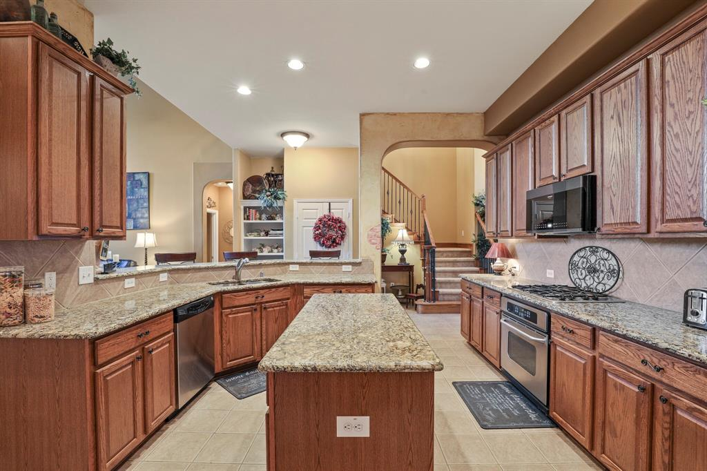 13468 Hemlock  Trail, Frisco, Texas 75035 - acquisto real estate best realtor dallas texas linda miller agent for cultural buyers