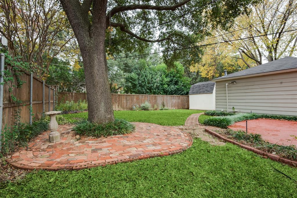 3902 Dunhaven  Road, Dallas, Texas 75220 - acquisto real estate best realtor dallas texas linda miller agent for cultural buyers