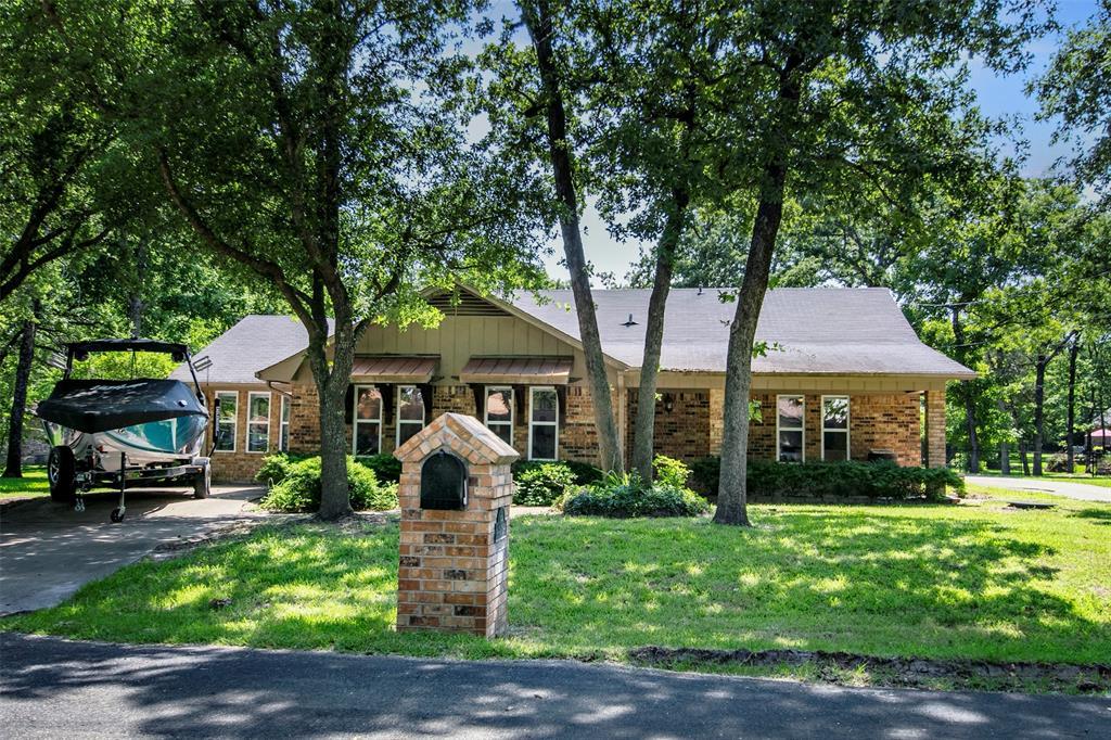 168 First Oak  Drive, Enchanted Oaks, Texas 75156 - Acquisto Real Estate best frisco realtor Amy Gasperini 1031 exchange expert