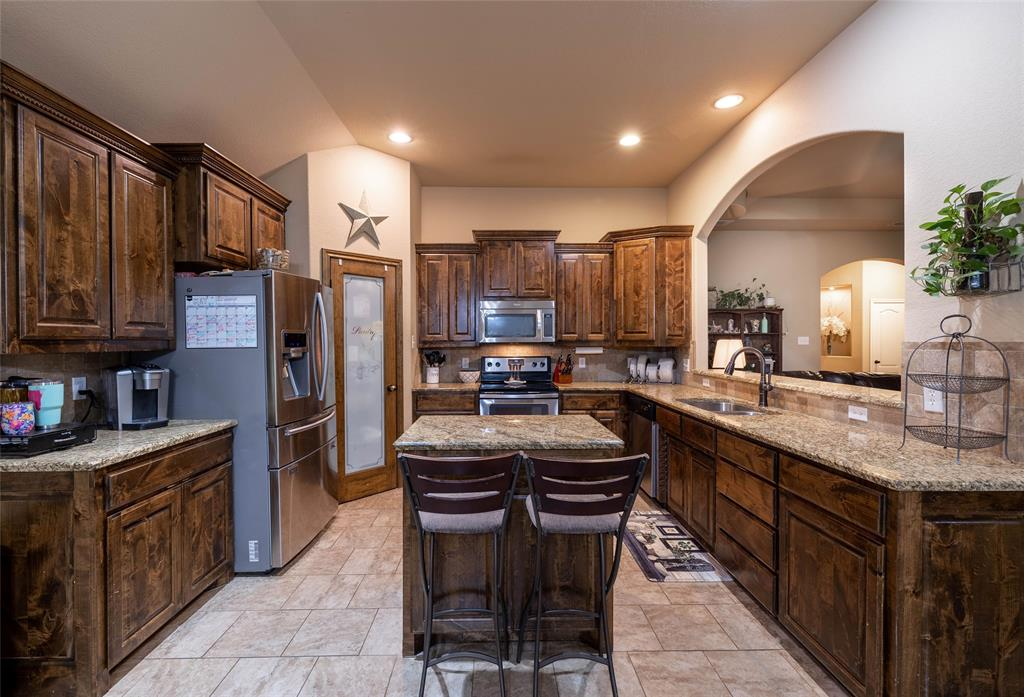 210 Sessums  Road, Springtown, Texas 76082 - acquisto real estate best real estate company to work for