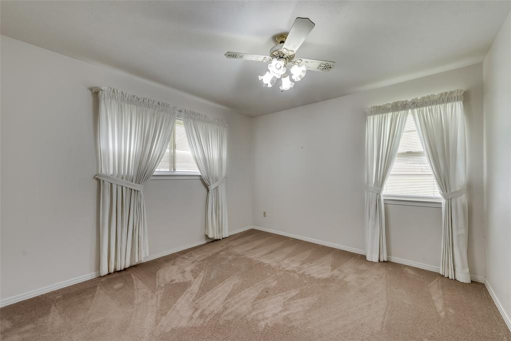 702 Crestview  Lane, Seagoville, Texas 75159 - acquisto real estate best listing agent in the nation shana acquisto estate realtor