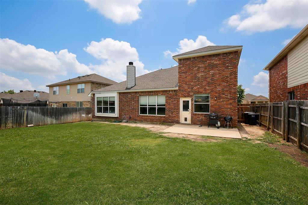 5312 Wheat Sheaf  Trail, Fort Worth, Texas 76179 - acquisto real estate best negotiating realtor linda miller declutter realtor