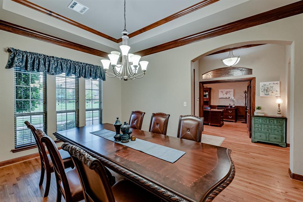 1040 Falcon Creek  Drive, Kennedale, Texas 76060 - acquisto real estate best highland park realtor amy gasperini fast real estate service