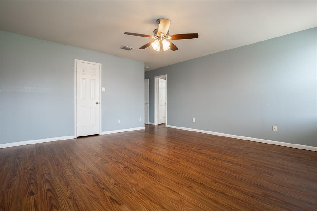 6117 St James  Place, Denton, Texas 76210 - acquisto real estate best style realtor kim miller best real estate reviews dfw