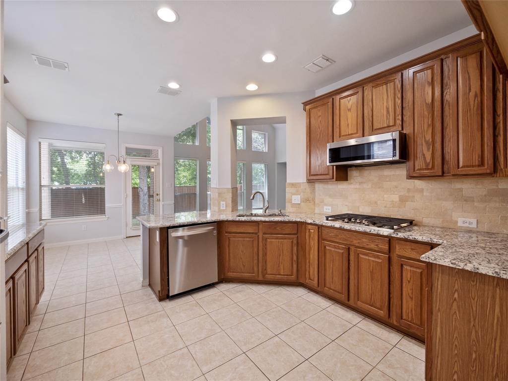 1702 Tealwood  Lane, Corinth, Texas 76210 - acquisto real estate best luxury buyers agent in texas shana acquisto inheritance realtor