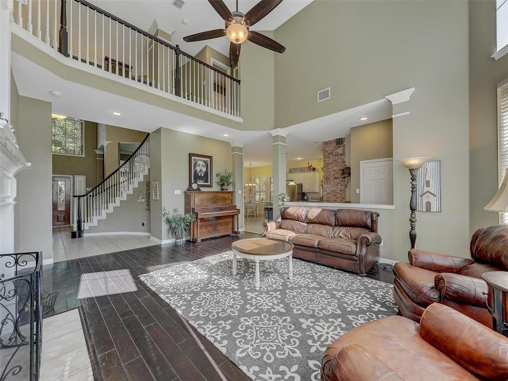 917 Cross Plains  Drive, Allen, Texas 75013 - acquisto real estate best photos for luxury listings amy gasperini quick sale real estate