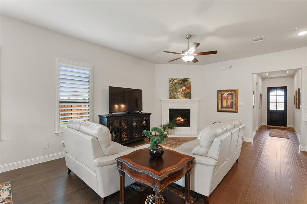 7624 Westgate  The Colony, Texas 75056 - acquisto real estate best highland park realtor amy gasperini fast real estate service