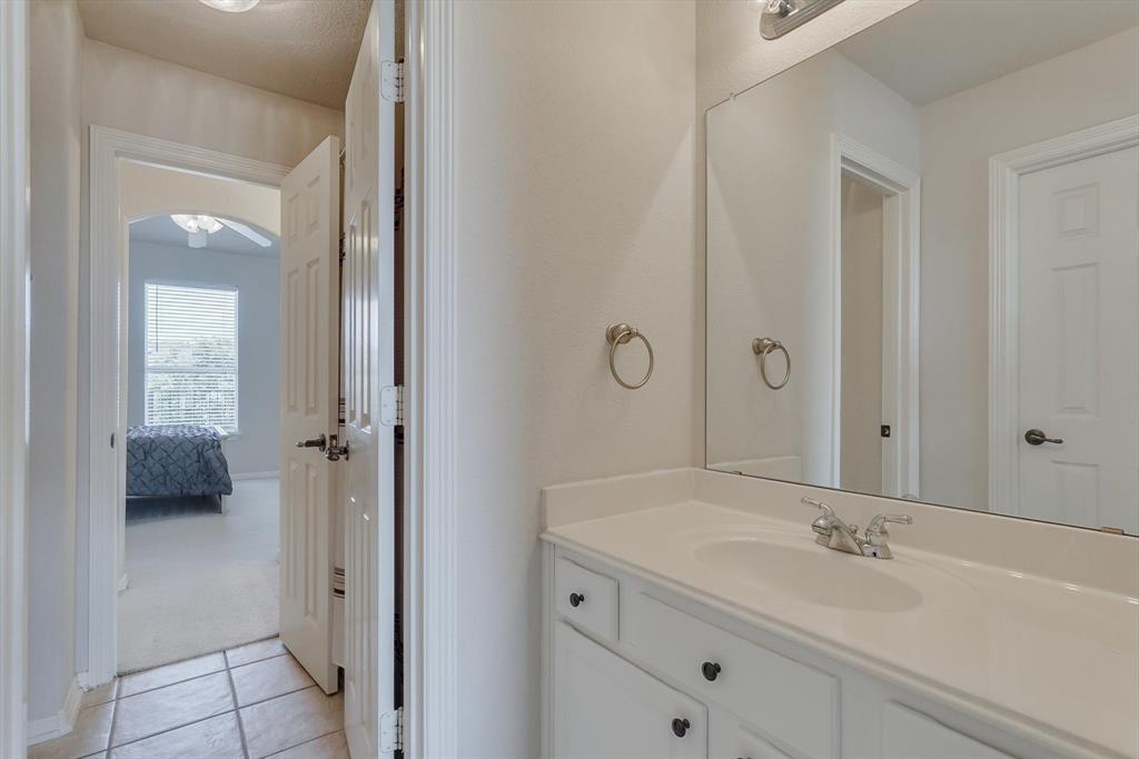 3805 Monterrey  Circle, The Colony, Texas 75056 - acquisto real estate best realtor dfw jody daley liberty high school realtor