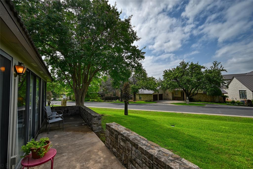 100 Bay Point  Drive, Horseshoe Bay, Texas 78657 - Acquisto Real Estate best frisco realtor Amy Gasperini 1031 exchange expert