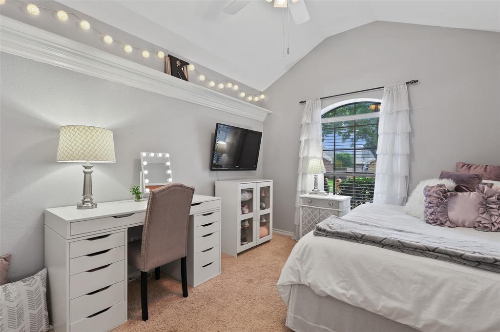 8105 Bells  Street, Frisco, Texas 75035 - acquisto real estate best highland park realtor amy gasperini fast real estate service