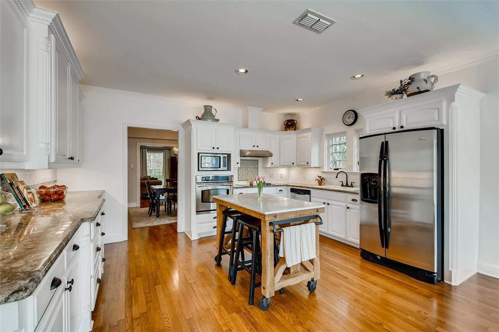 2311 Stanley  Avenue, Fort Worth, Texas 76110 - acquisto real estate best celina realtor logan lawrence best dressed realtor