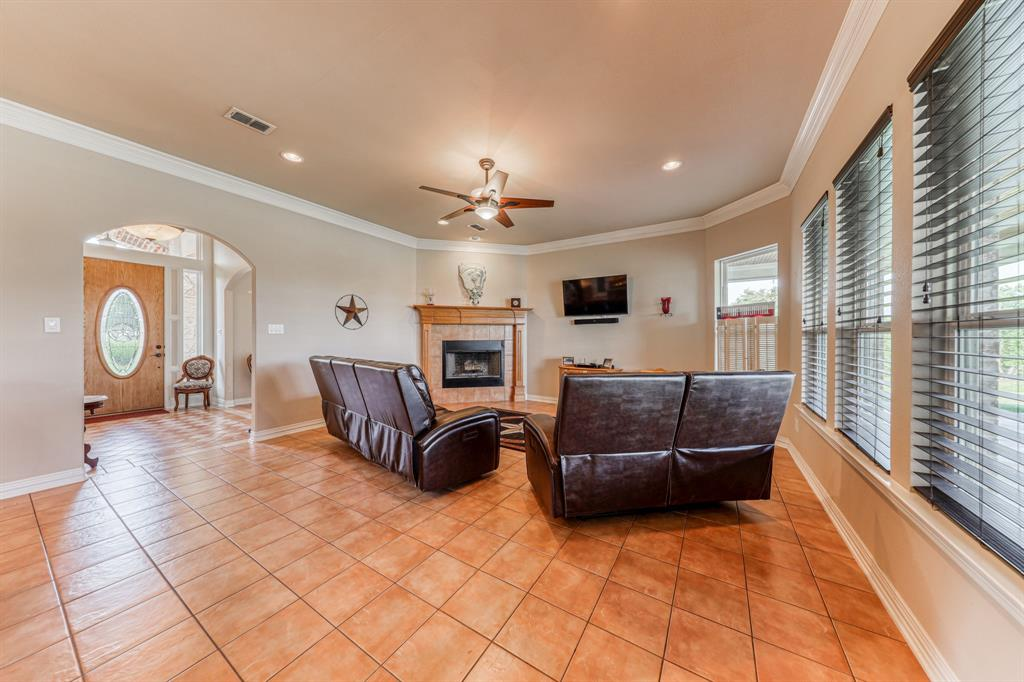 107 Chappel Hill  Court, Weatherford, Texas 76088 - acquisto real estate best the colony realtor linda miller the bridges real estate