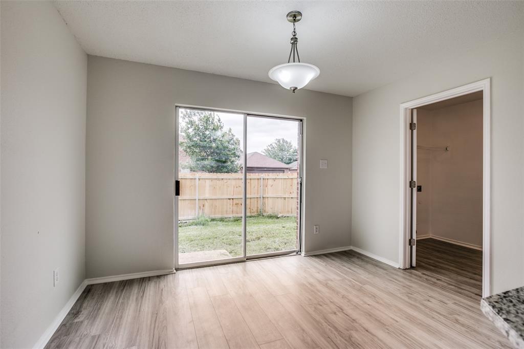 204 Star  Court, Red Oak, Texas 75154 - acquisto real estate best luxury buyers agent in texas shana acquisto inheritance realtor