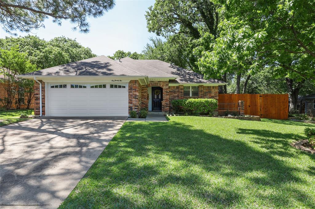 125 Marseille  Drive, Hurst, Texas 76054 - Acquisto Real Estate best frisco realtor Amy Gasperini 1031 exchange expert