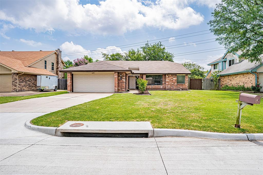 4205 Whitman  Lane, Grand Prairie, Texas 75052 - acquisto real estate best celina realtor logan lawrence best dressed realtor