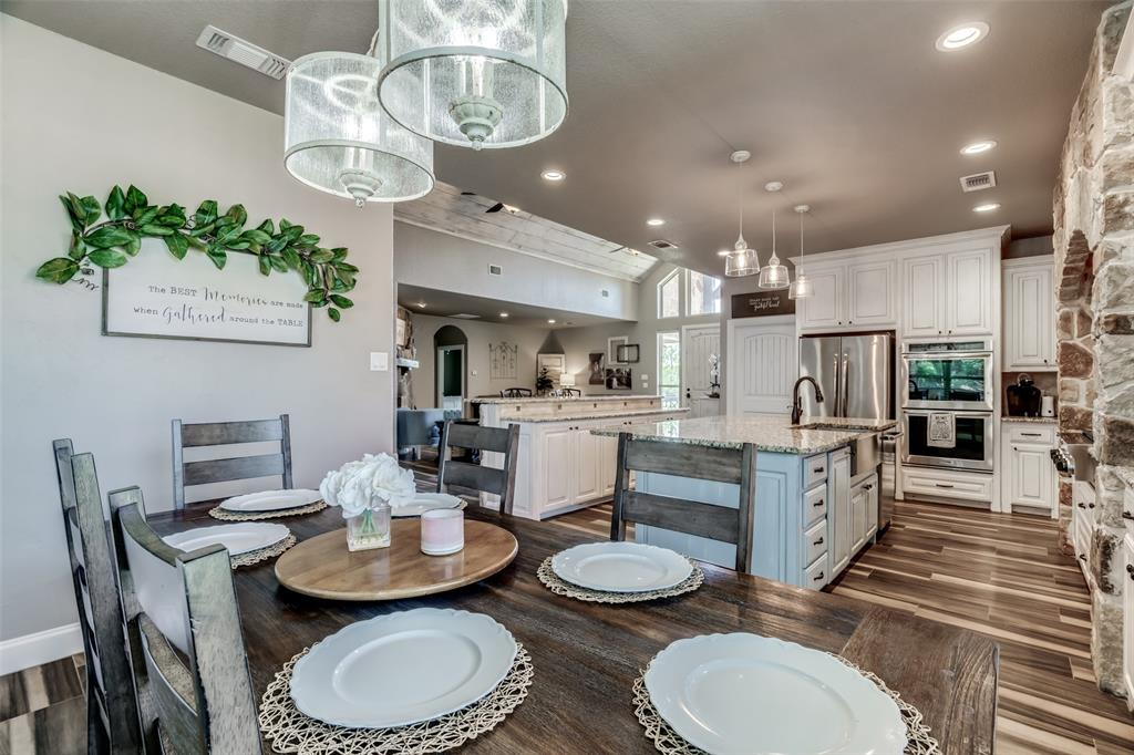 2718 Cabaniss  Lane, Weatherford, Texas 76088 - acquisto real estate best photos for luxury listings amy gasperini quick sale real estate