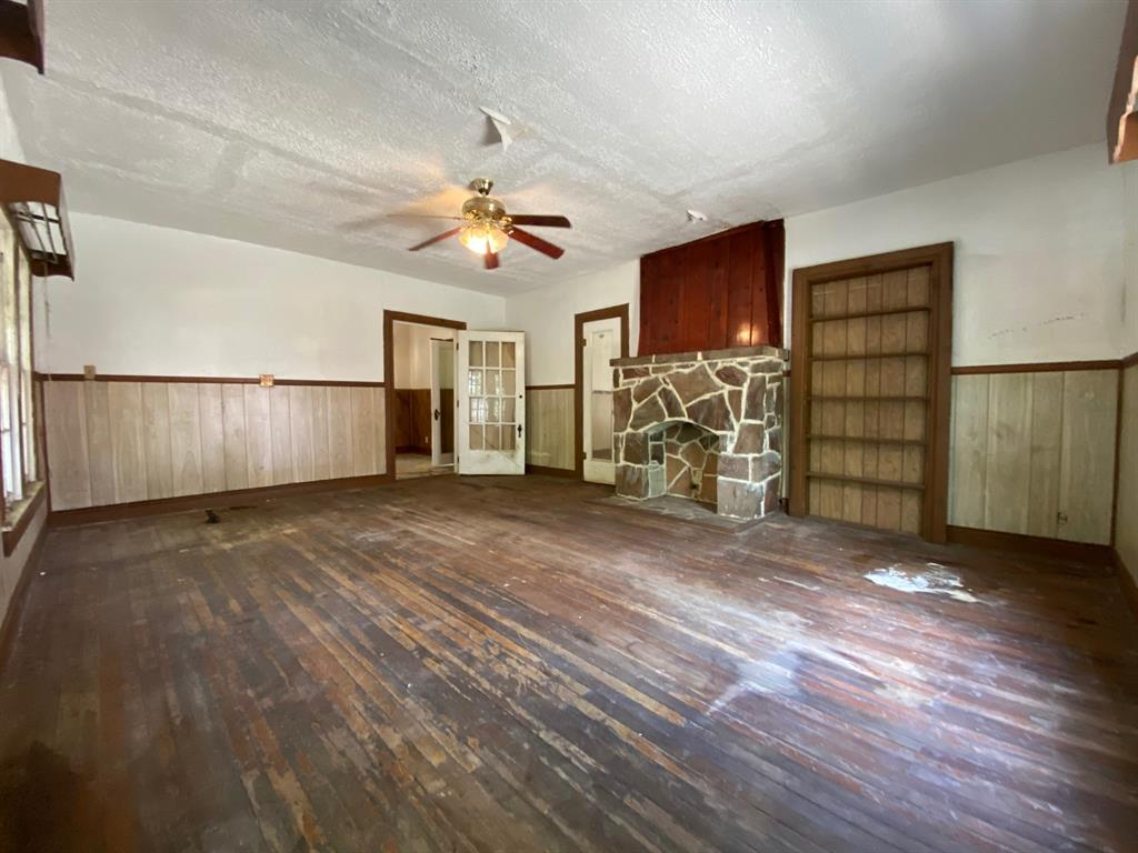 403 Drew  Street, Fort Worth, Texas 76110 - acquisto real estate best the colony realtor linda miller the bridges real estate