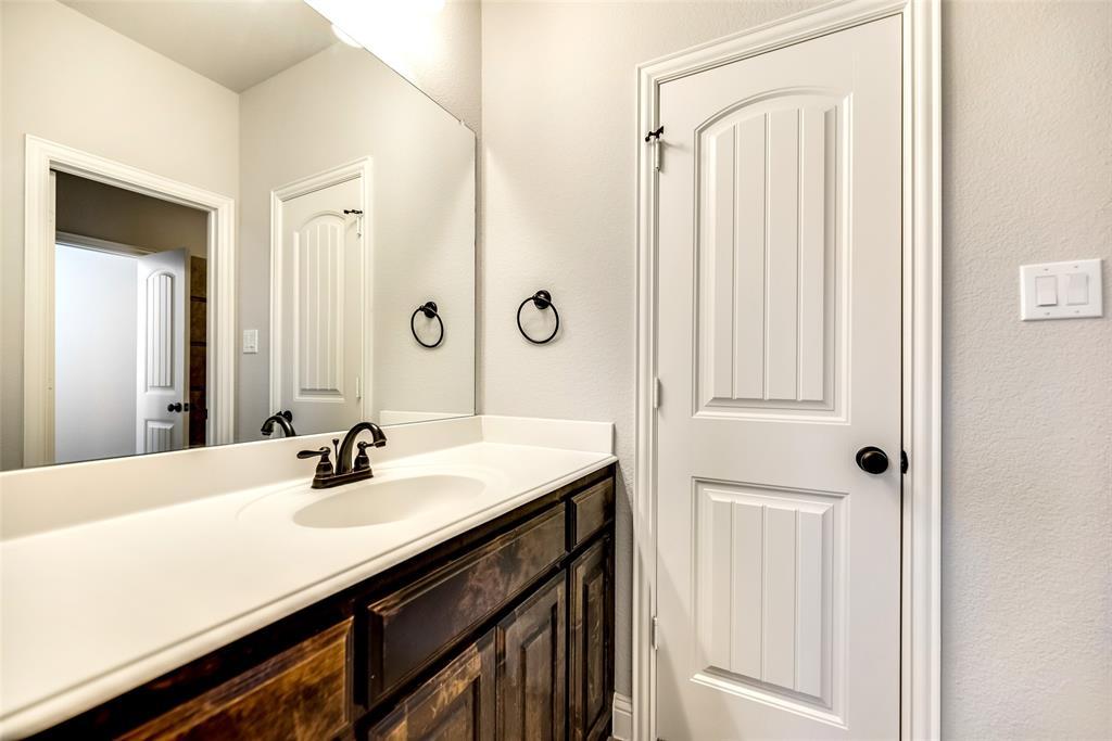 1506 Whistle Brook  Drive, Allen, Texas 75013 - acquisto real estate nicest realtor in america shana acquisto