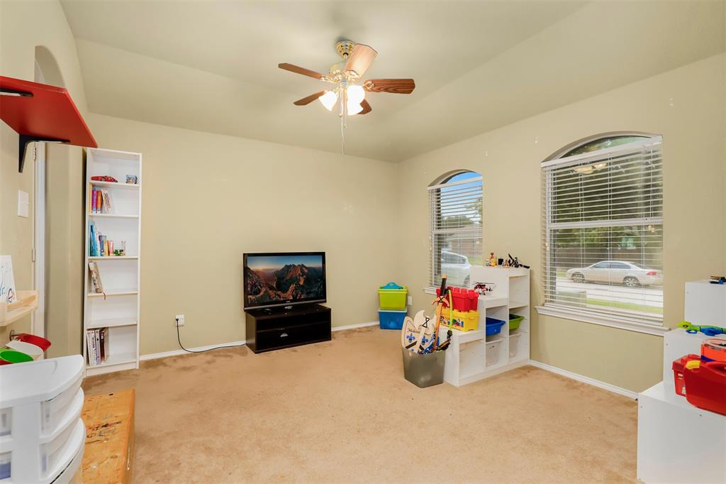 1012 Aviary  Drive, Aubrey, Texas 76227 - acquisto real estate best the colony realtor linda miller the bridges real estate