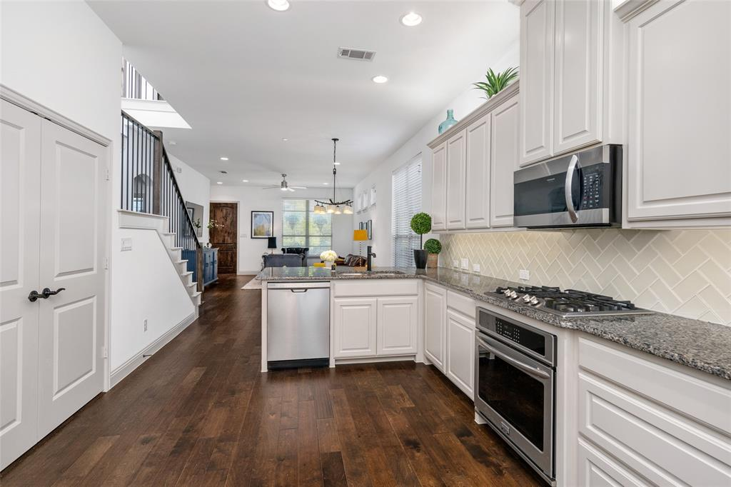 7208 Chief Spotted Tail  Drive, McKinney, Texas 75070 - acquisto real estate best real estate company to work for