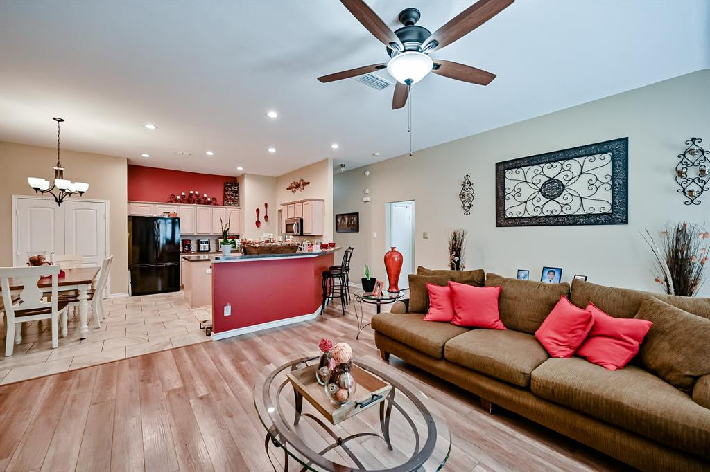 7002 Snowy Owl  Street, Arlington, Texas 76002 - acquisto real estate best frisco real estate broker in texas for high net worth buyers