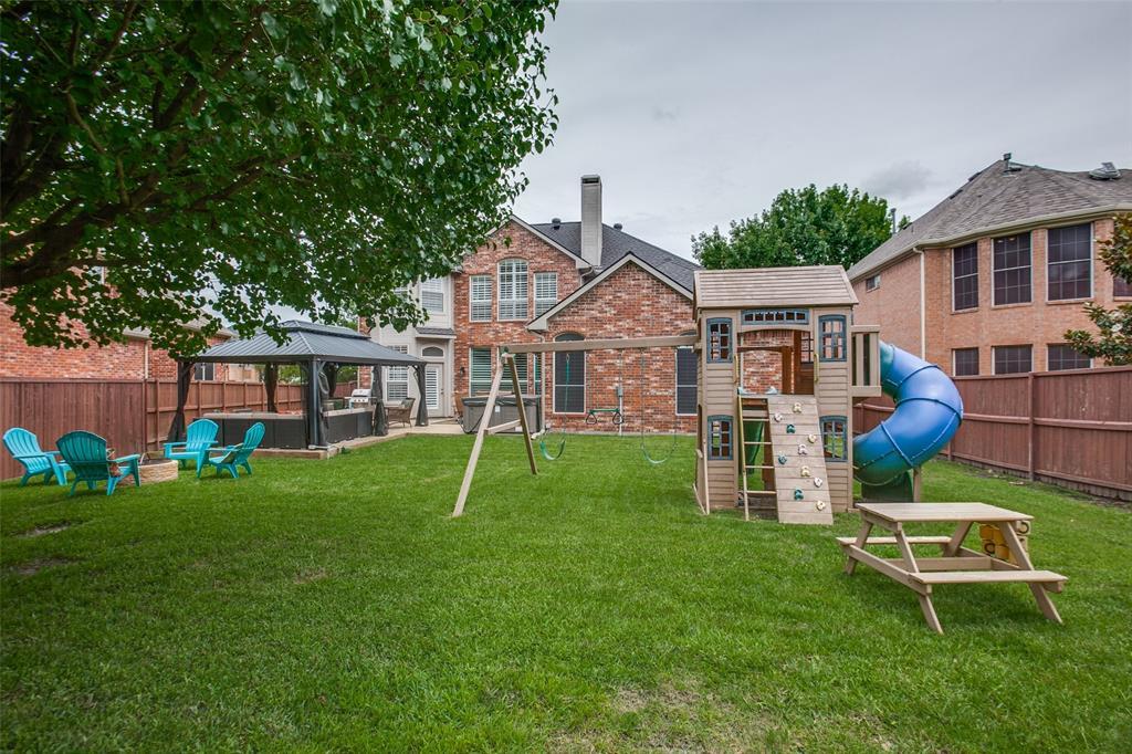 1516 Hunters Creek  Drive, McKinney, Texas 75072 - acquisto real estate best frisco real estate agent amy gasperini panther creek realtor