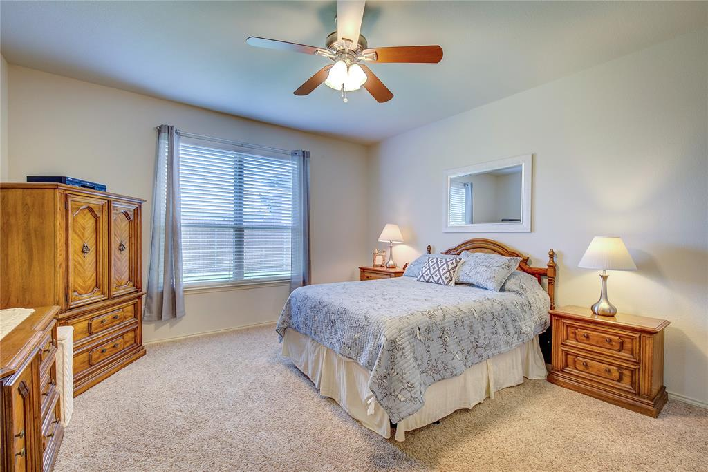 2116 Long Forest  Road, Heartland, Texas 75126 - acquisto real estate best new home sales realtor linda miller executor real estate