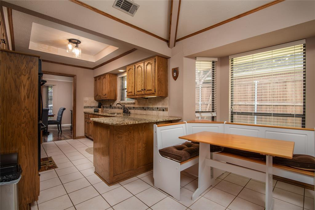 4002 Thornhill  Way, Rowlett, Texas 75088 - acquisto real estate best investor home specialist mike shepherd relocation expert