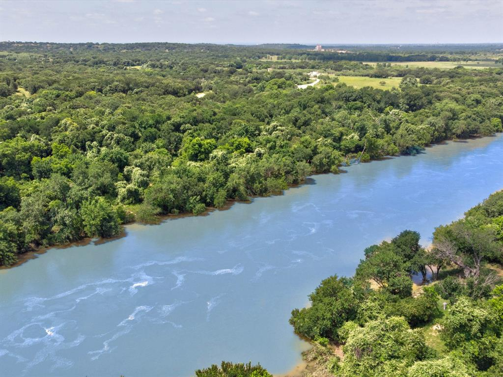 9814 Ravenswood  Road, Granbury, Texas 76049 - acquisto real estate best realtor dallas texas linda miller agent for cultural buyers