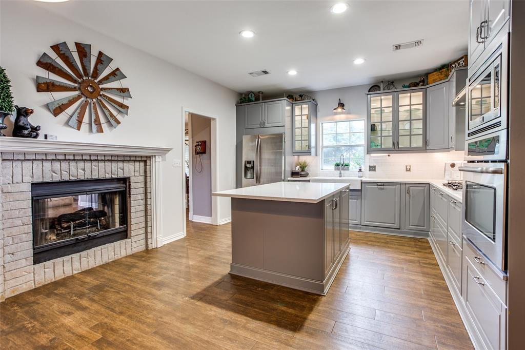 204 Laurel Creek  Drive, Sherman, Texas 75092 - acquisto real estate best listing listing agent in texas shana acquisto rich person realtor