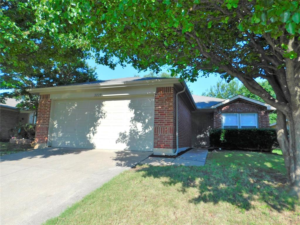 2229 Northway  Denton, Texas 76207 - Acquisto Real Estate best plano realtor mike Shepherd home owners association expert