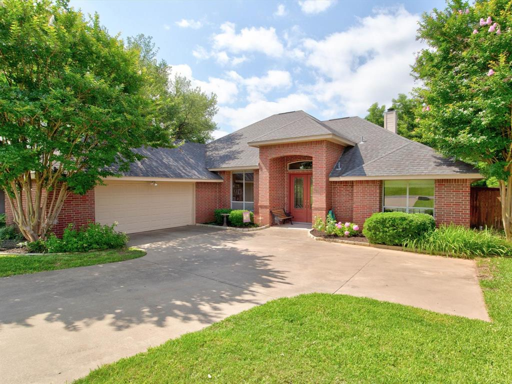 9814 Ravenswood  Road, Granbury, Texas 76049 - Acquisto Real Estate best plano realtor mike Shepherd home owners association expert