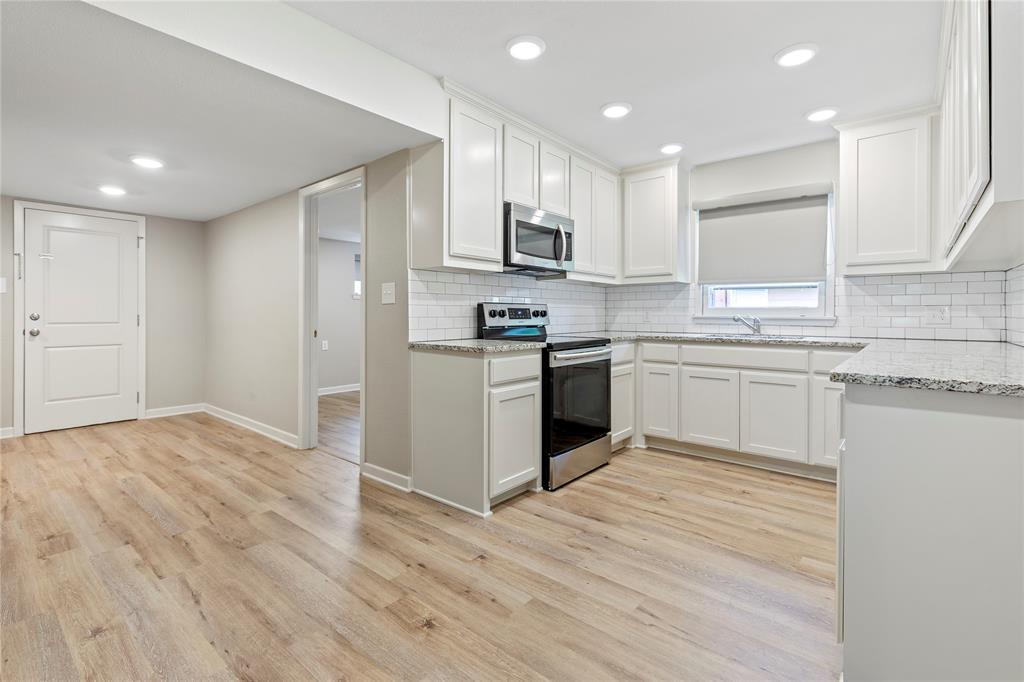 1703 College  Street, Sherman, Texas 75092 - acquisto real estate best celina realtor logan lawrence best dressed realtor