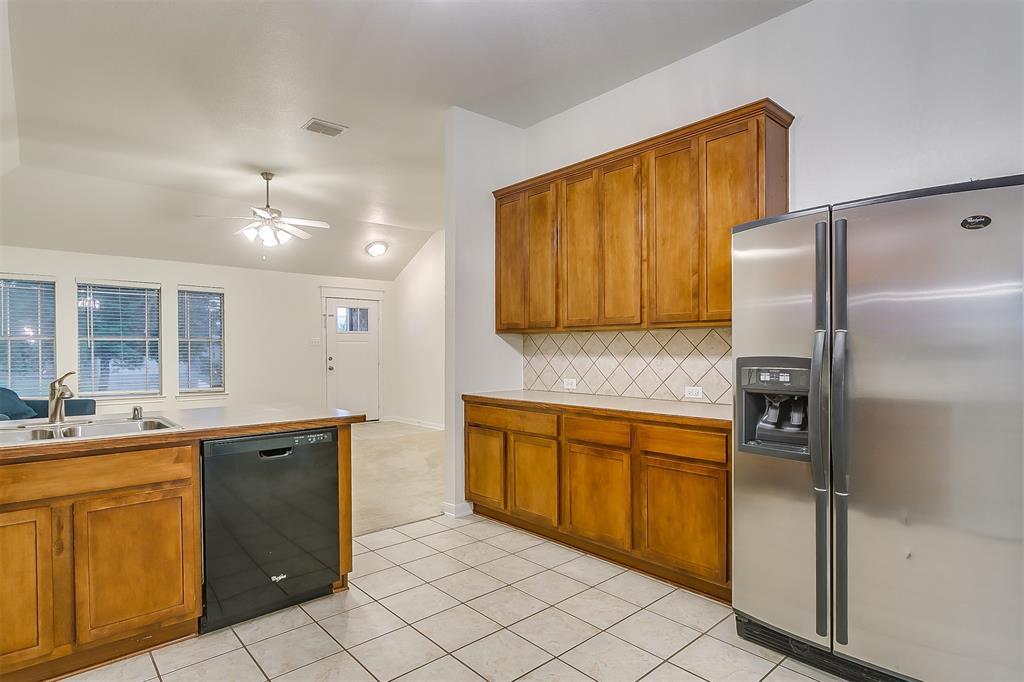 2661 Calmwater  Drive, Little Elm, Texas 75068 - acquisto real estate best designer and realtor hannah ewing kind realtor