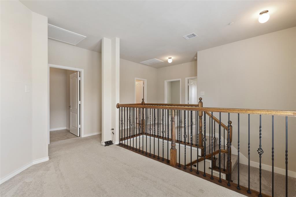 4293 Kiowa  Drive, Carrollton, Texas 75010 - acquisto real estate best realtor foreclosure real estate mike shepeherd walnut grove realtor