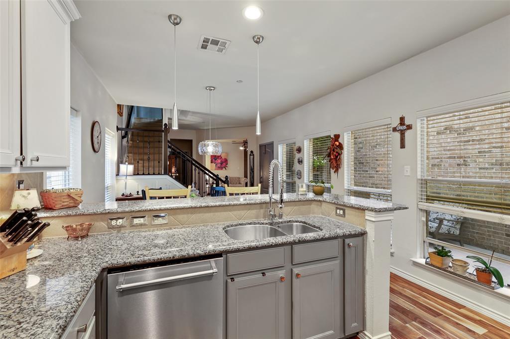 6774 Cortona  Lane, Frisco, Texas 75034 - acquisto real estate best celina realtor logan lawrence best dressed realtor