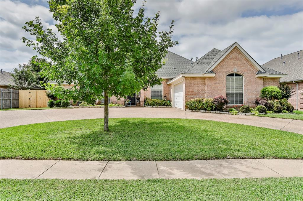 8128 Lost Maple  Drive, North Richland Hills, Texas 76182 - Acquisto Real Estate best plano realtor mike Shepherd home owners association expert
