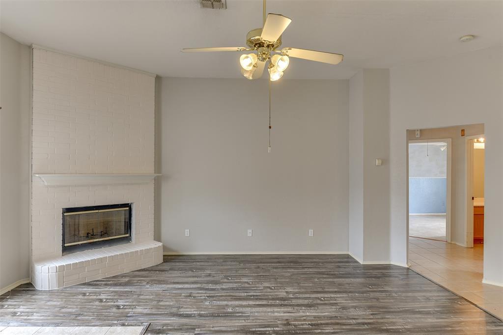 8715 Woodrigg  Drive, Dallas, Texas 75249 - acquisto real estate best listing agent in the nation shana acquisto estate realtor