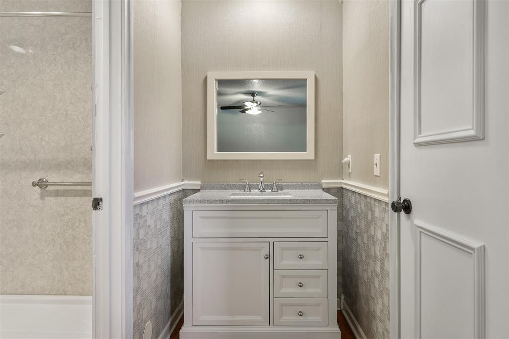 25 Mountain Creek  Court, Grand Prairie, Texas 75052 - acquisto real estate best designer and realtor hannah ewing kind realtor
