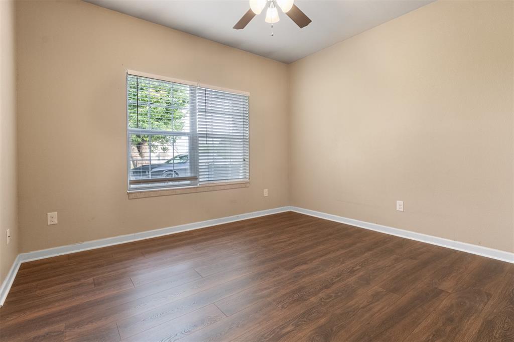 201 Bishop  Street, Alvarado, Texas 76009 - acquisto real estate best photos for luxury listings amy gasperini quick sale real estate