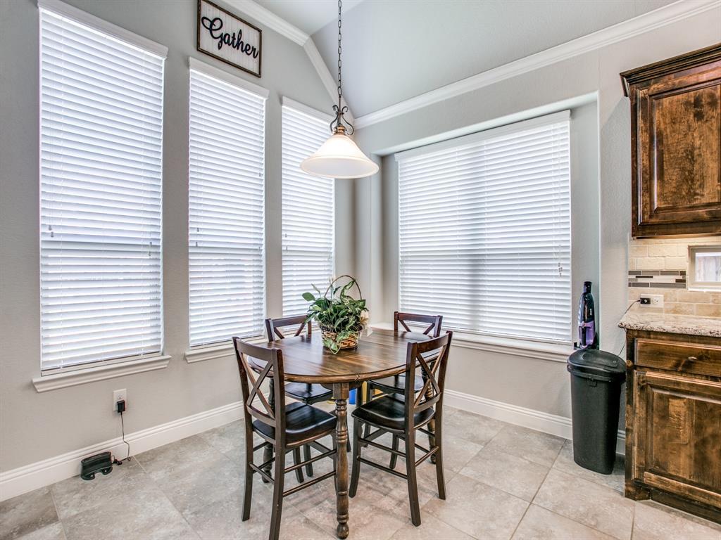 332 Prairie Ridge  Lane, Lewisville, Texas 75056 - acquisto real estate best new home sales realtor linda miller executor real estate