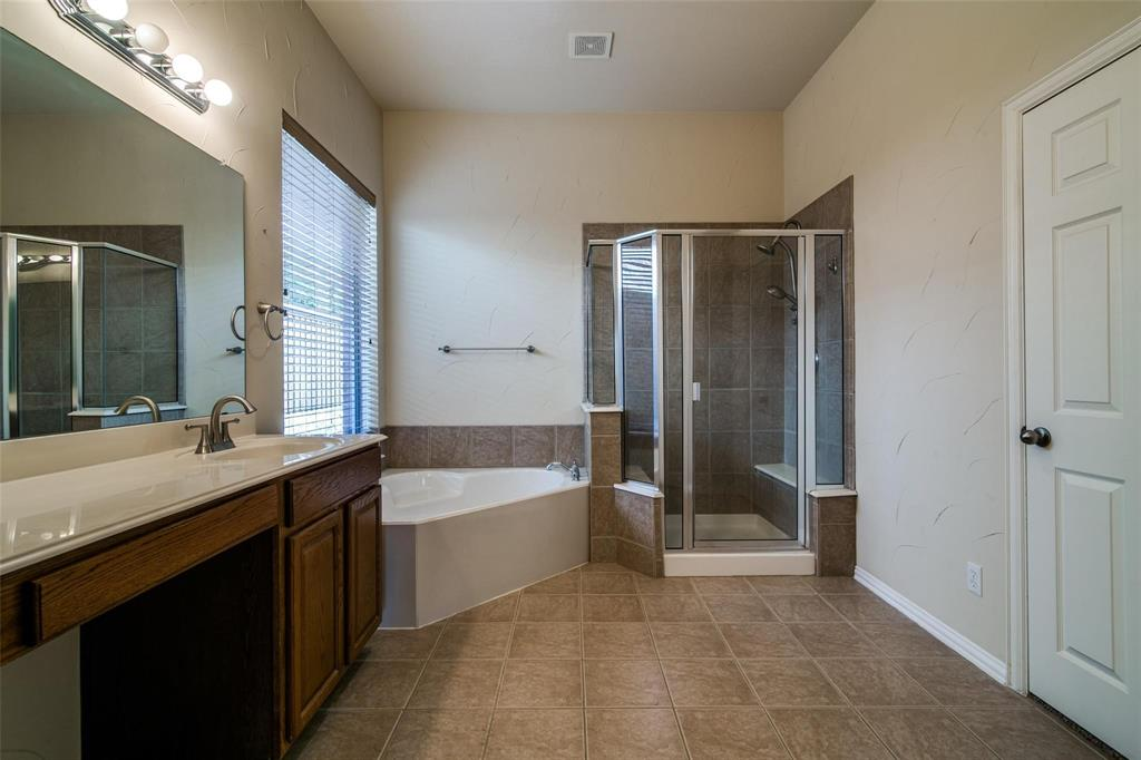 1350 Scarboro Hills  Lane, Rockwall, Texas 75087 - acquisto real estate best style realtor kim miller best real estate reviews dfw