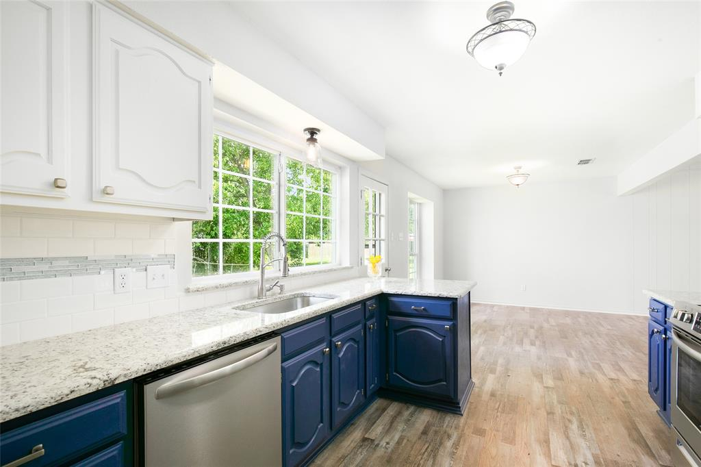 204 1st  Street, Wills Point, Texas 75169 - Acquisto Real Estate best frisco realtor Amy Gasperini 1031 exchange expert
