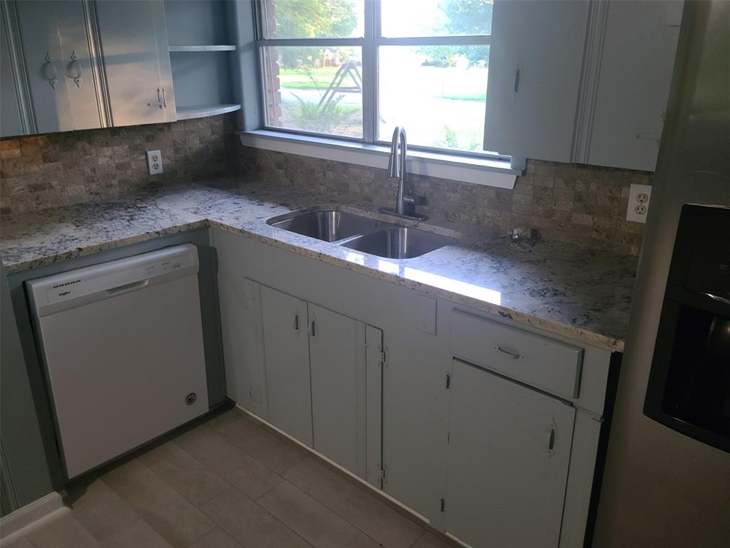 302 Sissy Spacek  Drive, Quitman, Texas 75783 - acquisto real estate best allen realtor kim miller hunters creek expert