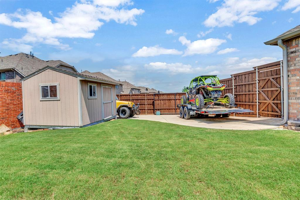 1601 Bryce Canyon  Lane, Allen, Texas 75002 - acquisto real estate best plano real estate agent mike shepherd