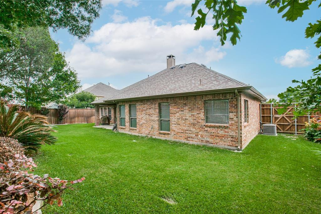 325 Greenfield  Drive, Murphy, Texas 75094 - acquisto real estate best frisco real estate agent amy gasperini panther creek realtor