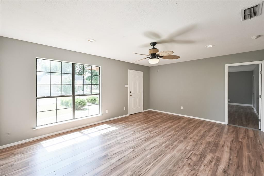 2401 Ben  Avenue, Fort Worth, Texas 76103 - acquisto real estate best listing listing agent in texas shana acquisto rich person realtor