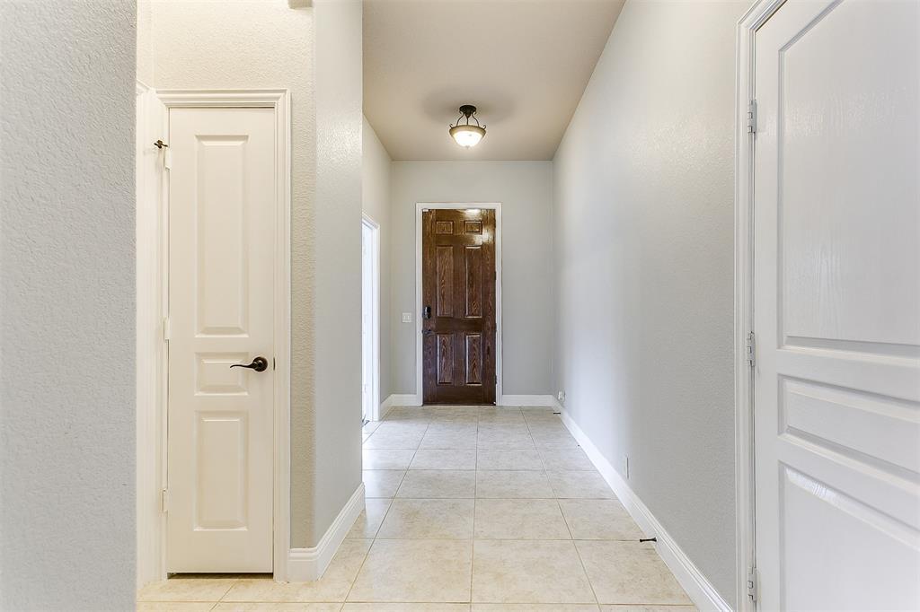 1000 Tarragon  Drive, Burleson, Texas 76028 - acquisto real estate best prosper realtor susan cancemi windfarms realtor