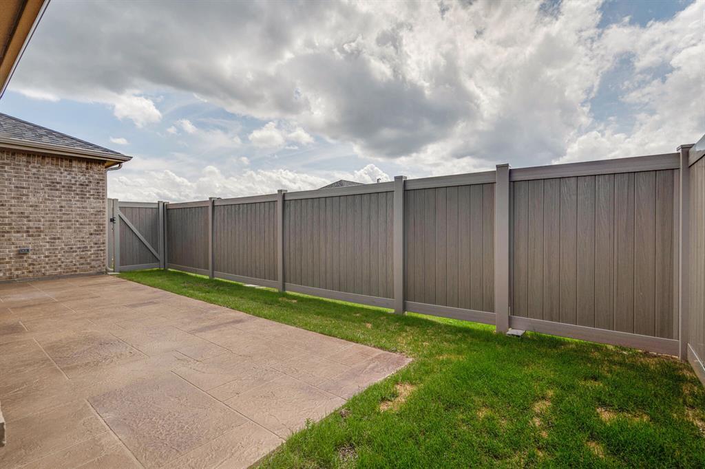 4016 Viento  Lane, Highland Village, Texas 75077 - acquisto real estate best park cities realtor kim miller best staging agent