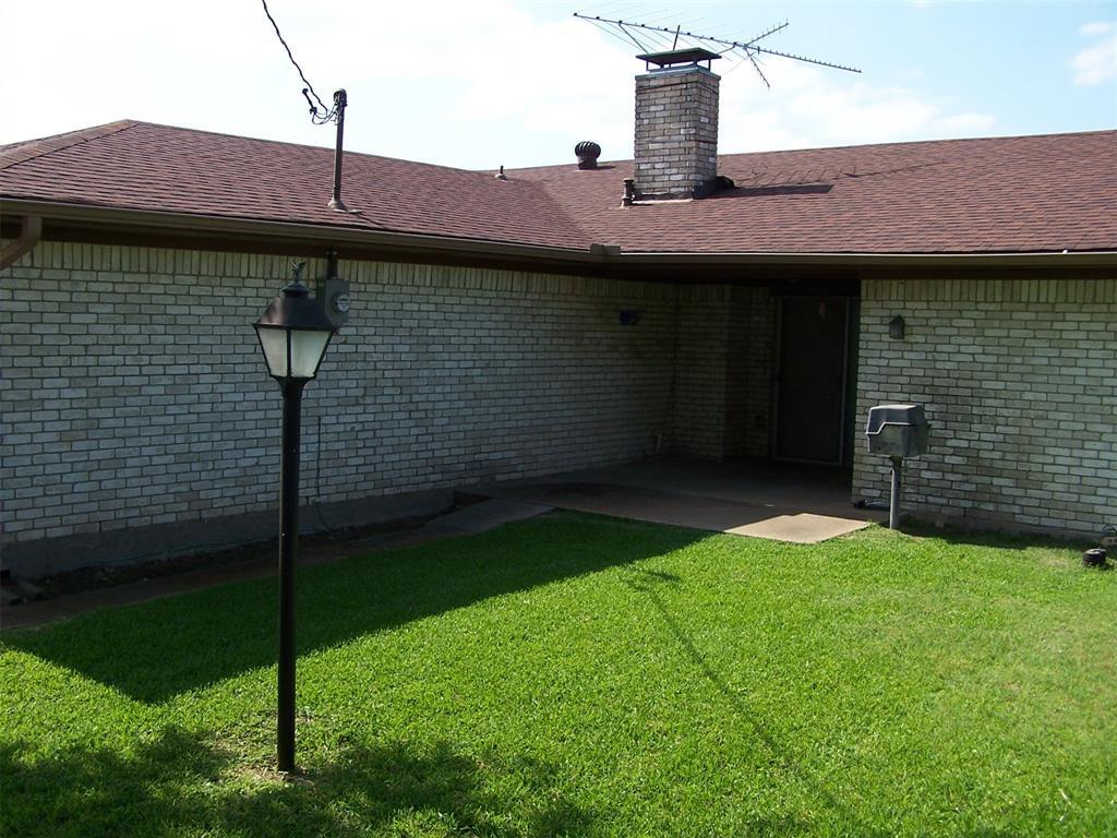 8258 Westrock  Drive, Dallas, Texas 75243 - acquisto real estate best listing photos hannah ewing mckinney real estate expert